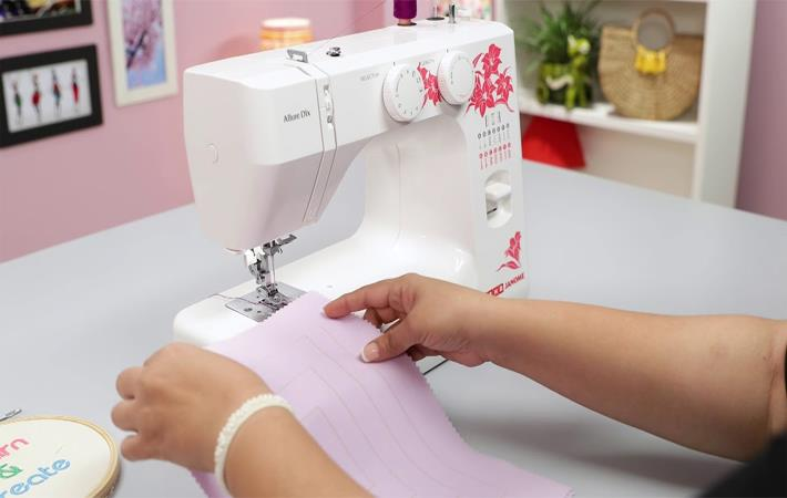 Purchase the best sewing machine for quilting online